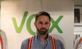 Vox esconde a su líder, Santiago Abascal.